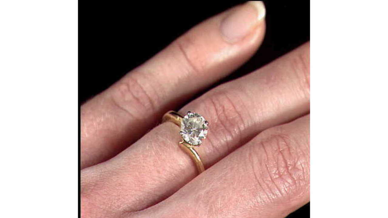 Customers say Kay Jewelers lost their wedding rings