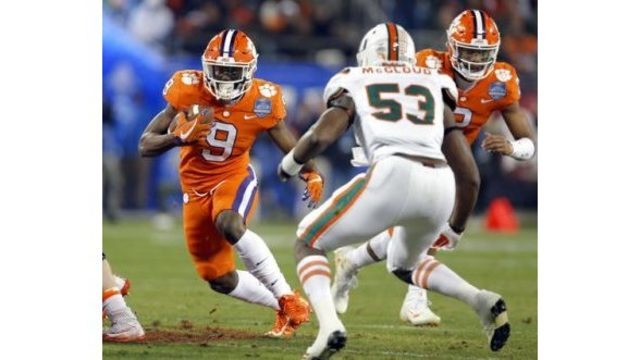 No. 1 Clemson rolls over No. 7 Miami 38-3 to claim third straight ACC title