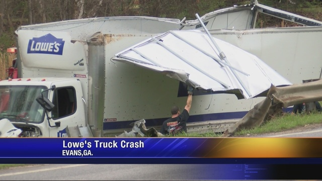 Lowe S Delivery Truck Ends Up In A Ditch After Multiple Car Crash