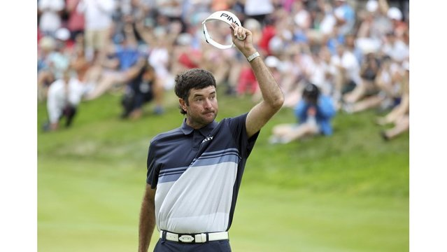 Bubba Watson shoots 63 to rally for 3rd Travelers title