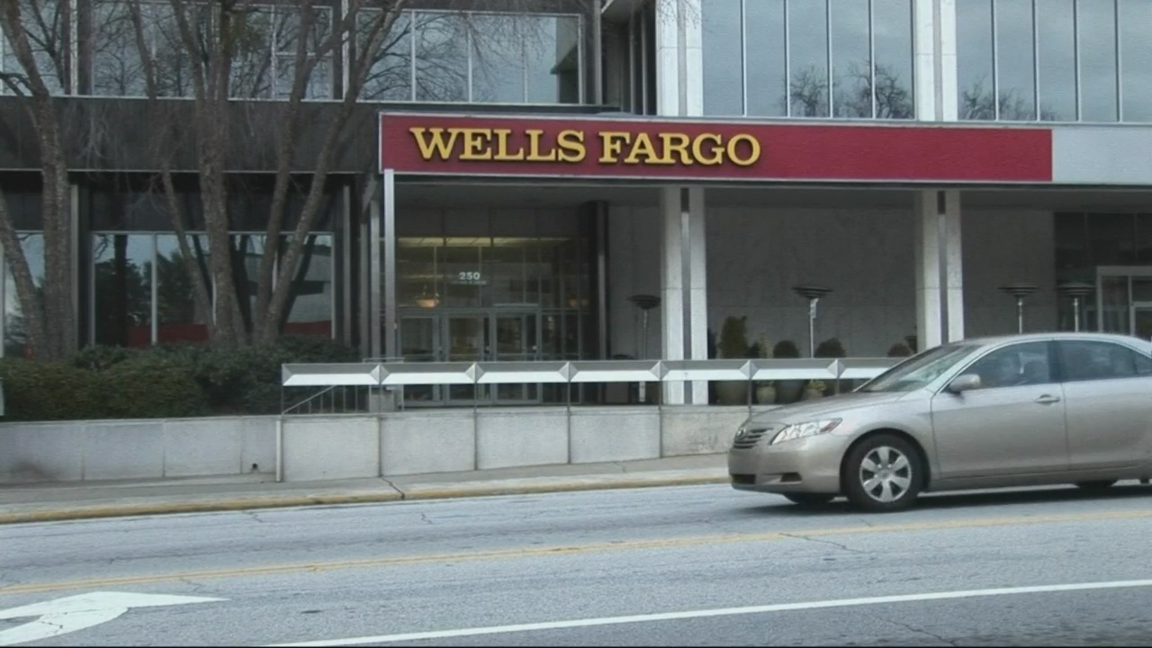 Wells Fargo Bank facing a penalty for reportedly scamming its ...