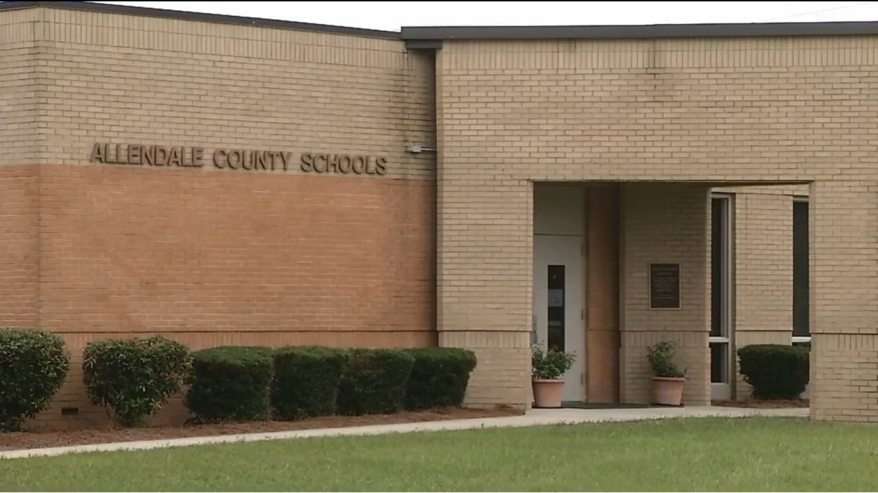 Allendale county school board member fires back after for Chair network golf