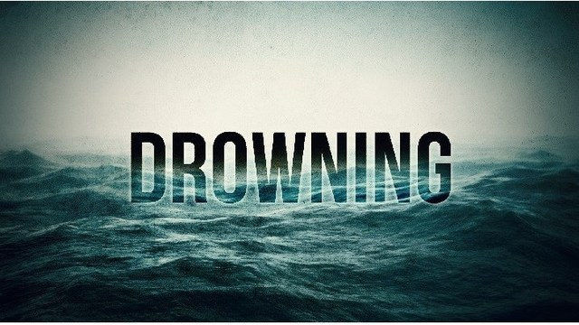 Child drowns in pool at home