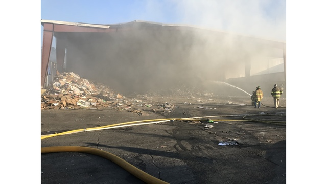 Crews respond to fire at North Augusta recycling facility